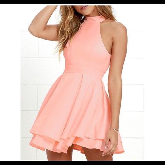 Lulu's Dresses & Skirts - Peach Lulus dress